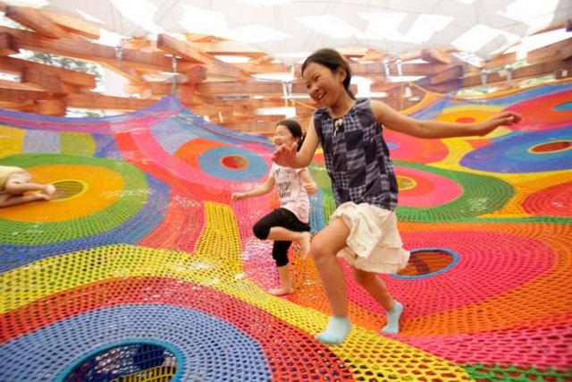 Toshiko horiuchi macadam crochet knit playground playscape2
