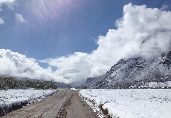 05--MT14 road through mountains