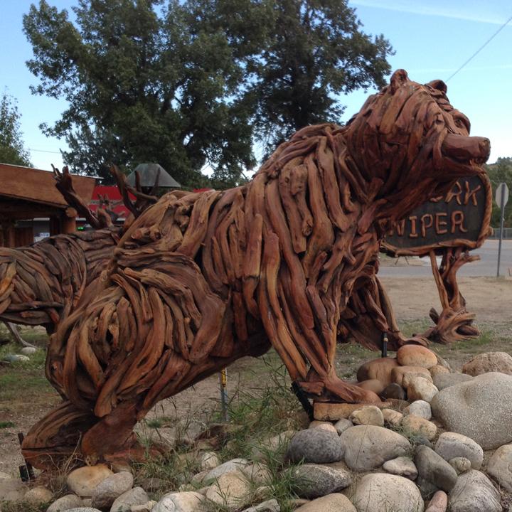 21--MT14 bear sculpture